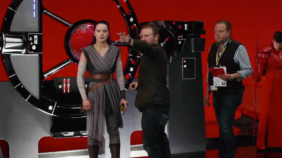 rian-johnson-daisy-ridley-star-wars-bts - Mobile Motion
